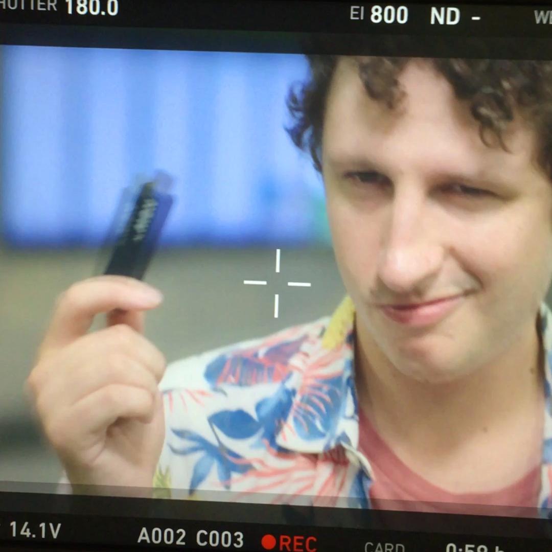 NOW TV Smart Stick on air con Melismelis